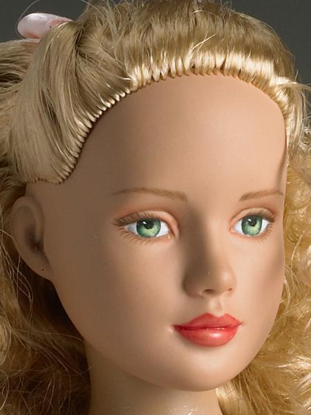 """Кукла 12"""" Tonner Marley's First Dance / Тоннер Марли Первый танец - сестра Tyler Wenthworth, новая в коробке, с подставкой"""