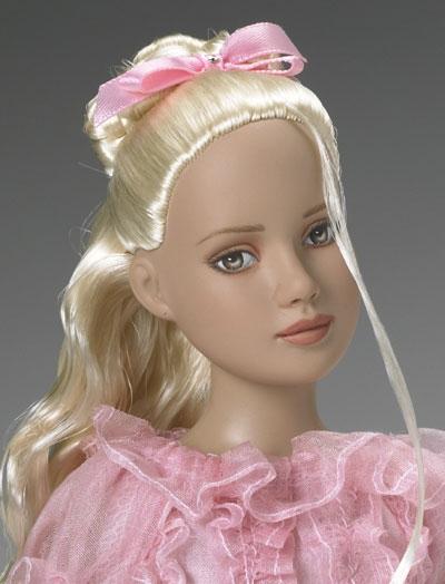 """Кукла 12"""" Tonner Marley's Holiday FAO Schwarz Special Edition/ Тоннер Праздничная Марли Специальное издание- сестра Tyler Wenthworth, новая в коробке, с подставкой"""
