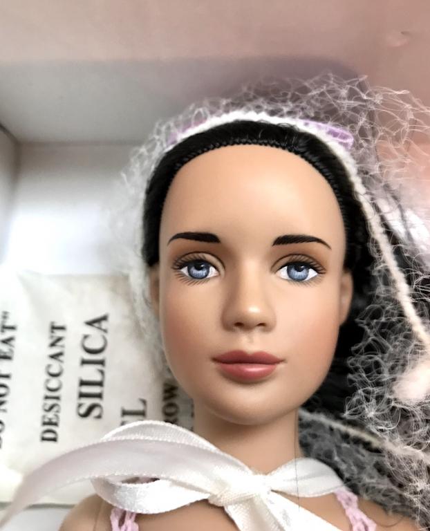 """12"""" Кукла Марли Лиловая базовая брюнетка Эксклюзив/ Marley Wentworth Lilac Basic, редкая, 2005, LE300, в коробке, с подставкой+бонус"""